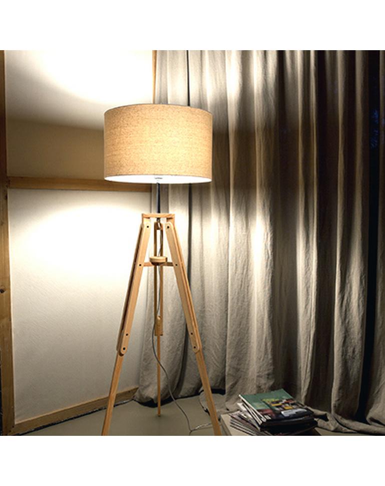 Lampade Da Terra In Legno.Lampada Da Terra Base Legno E20 D Arredo Idee Arredamento A