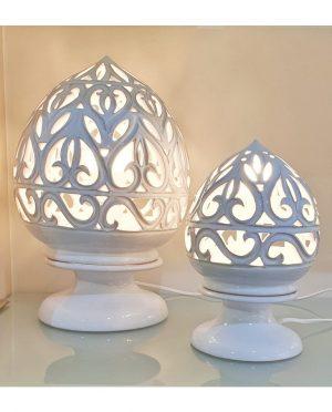 Lampada Traforata a mano in Ceramica Bianca piccola